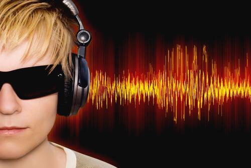 Richtige-Musik-ernährt-den-Gehirn-mit-der-Energie